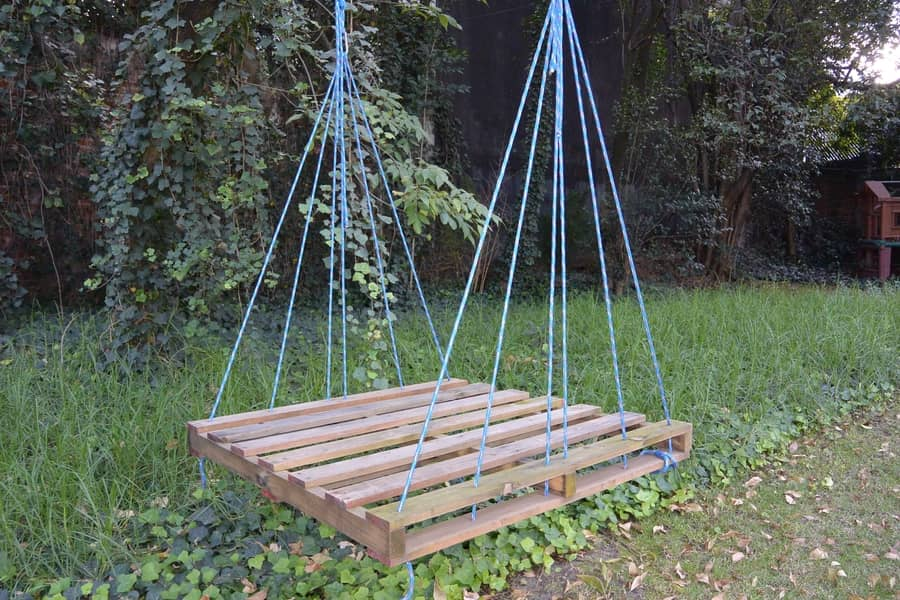 How To Make An Outdoor Pallet Swing Easy And Quick